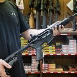 5 yllättävää Kanadassa kiellettyä asiaa, jotka eivät ole ampuma -aseita